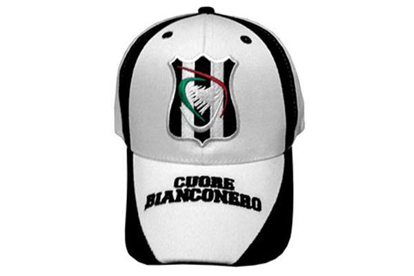 Cappello cuore Bianconero